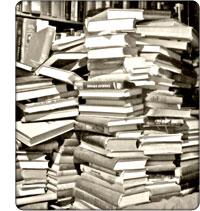 przewrócona biblioteka