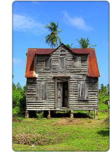 Dom kolonialny w Surinamie